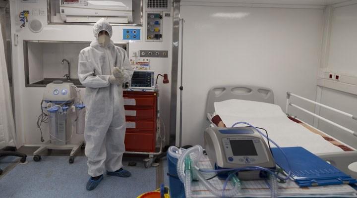 Koronavirüs: İran ölüm sayılarında en yüksek seviyeye geri döndü