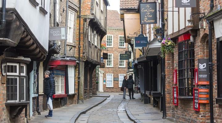 Vaka sayılarının yükselmesinin ardından, Leicester'da karantina kararı alındı