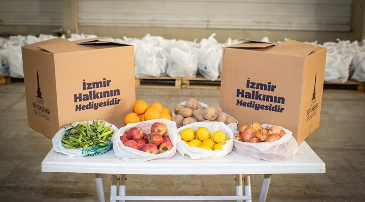 İzmir'de 200 bin gıda paketi hedefi aşıldı