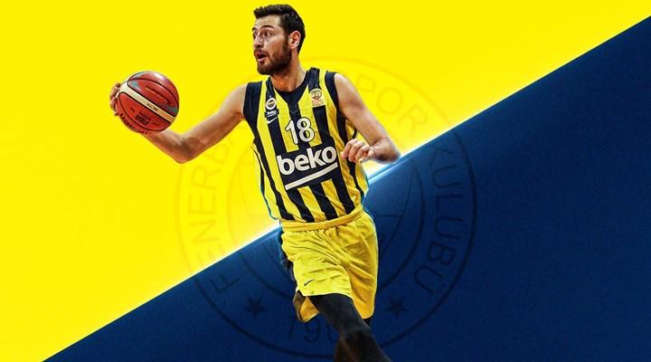 Fenerbahçe'de ayrılıklar devam ediyor