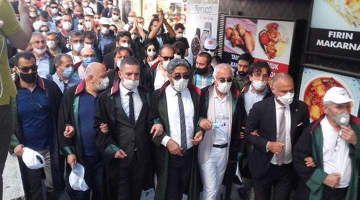 Baro başkanları Ankara Adliyesi'ne yürüyor