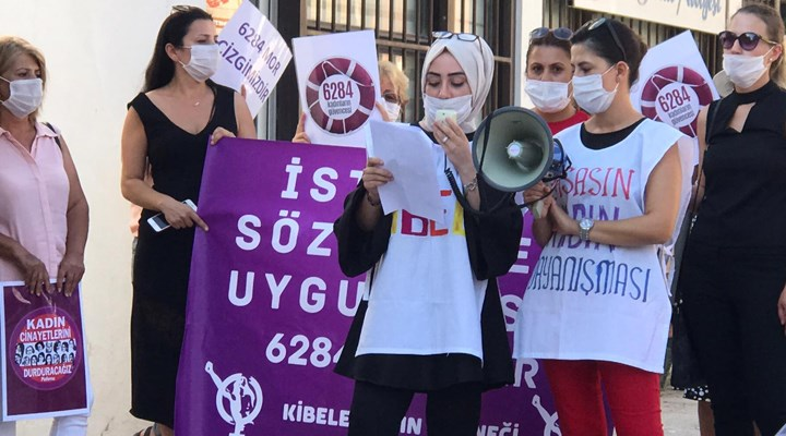 İstanbul Sözleşmesi mor çizgimizdir