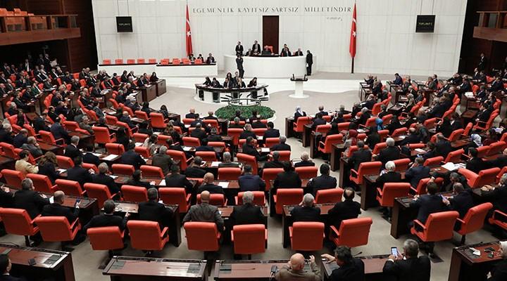 Çoklu baro teklifi AKP ve MHP oylarıyla yasalaştı: Kanun neler içeriyor?