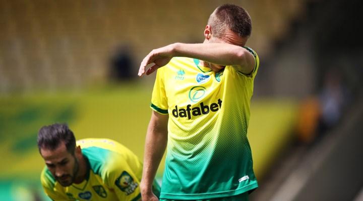 Premier Lig'de küme düşen ilk takım Norwich City oldu