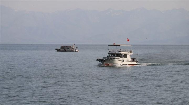 Van Gölü'ndeki tekne faciasında ölü sayısı 21'e yükseldi