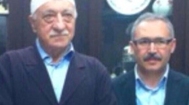 """Selvi, """"Kılıçdaroğlu FETÖ'yü aklıyor"""" diye yazdı, Cemaat'le içli dışlı geçmişi ortaya saçıldı"""