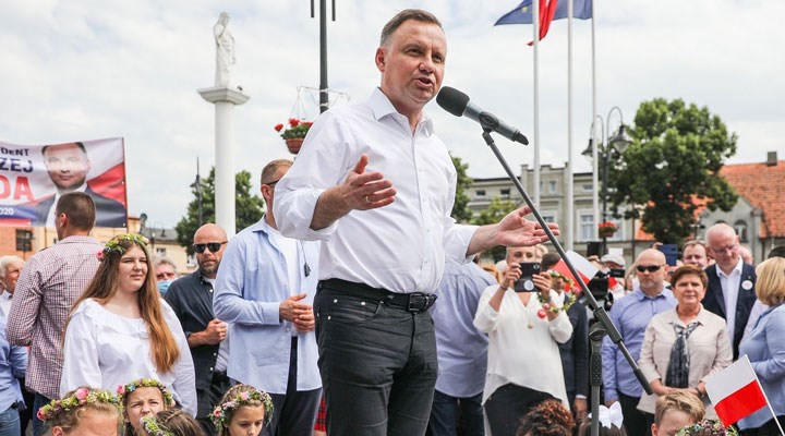 'Türkiye'ye benzeme' ve 'iyimserlik' arasında Polonya: Duda'nın yeniden seçilmesinin anlamı ne?