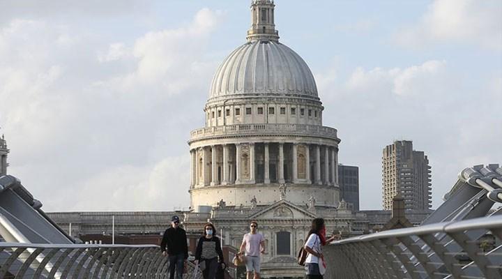 İngiltere'de 3 ayda 649 bin kişi işsiz kaldı
