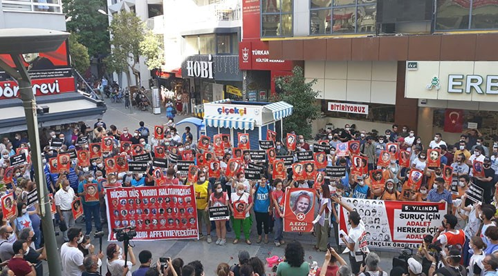 Suruç katliamında yaşamını yitirenler İzmir'de anıldı: Suruç için adalet, herkes için adalet