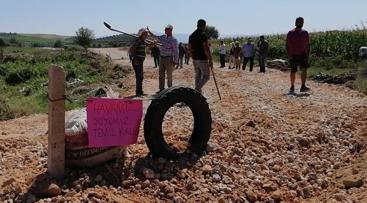 Salihli Çapaklı'da halk, enerji tesisini engellemek için yolu kapattı