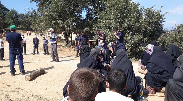 Madenci şirkete karşı direnen 12 kadın gözaltına alındı
