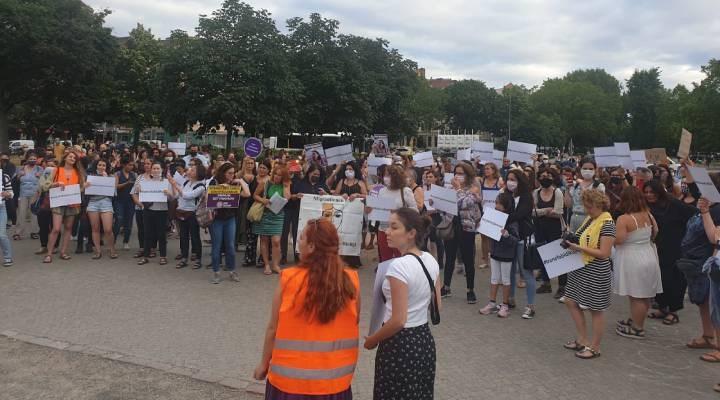 Kadınlar Berlin'den ses verdi: İstanbul Sözleşmesi uygulansın