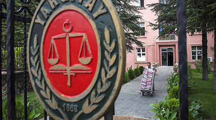 Yargıtay, iş mahkemesinin kararını bozdu: Tacizden atılan işçiye tazminat ödenmez