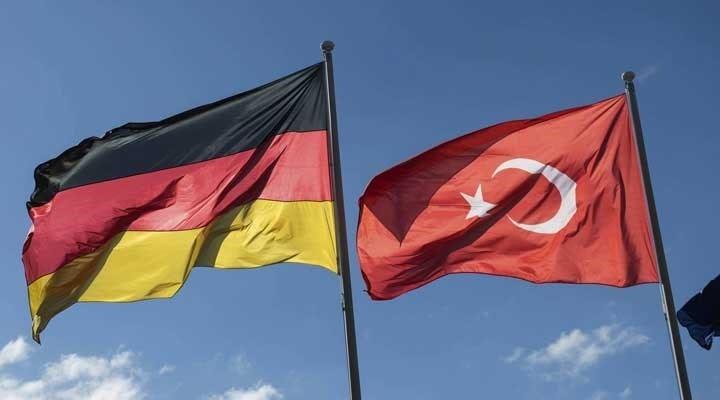 Almanya, 130 ülkeye seyahat uyarısını uzattı: Türkiye de listede