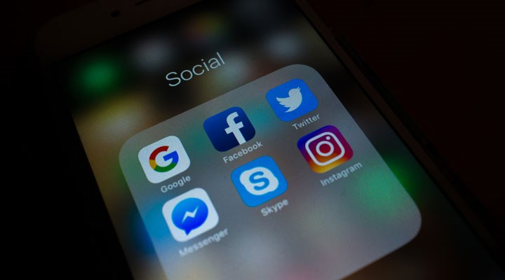 Sosyal medyaya sansür yasası neleri kapsıyor, uzmanlar nasıl yorumluyor?