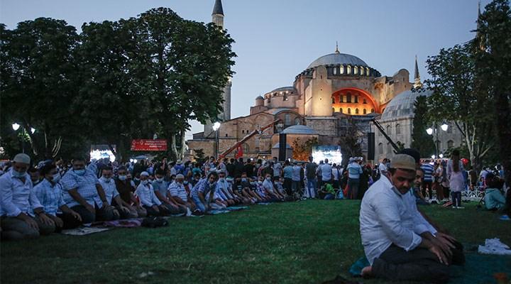 Türkiye'de şeriatı beklerken: Milli hilafet gündemi!