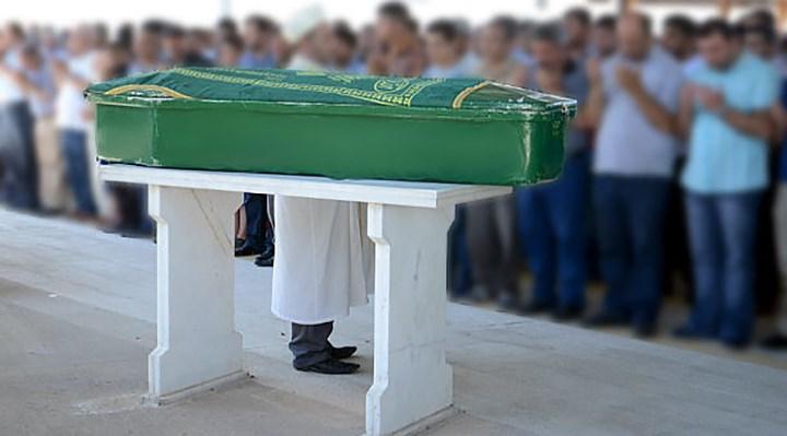 Almanya'da Diyanet'in camisindeki cenaze namazına katılan onlarca kişi Covid-19'a yakalandı