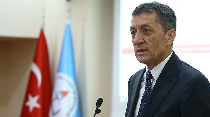 Milli Eğitim Bakanı Selçuk'tan okulların açılmasına ilişkin açıklama