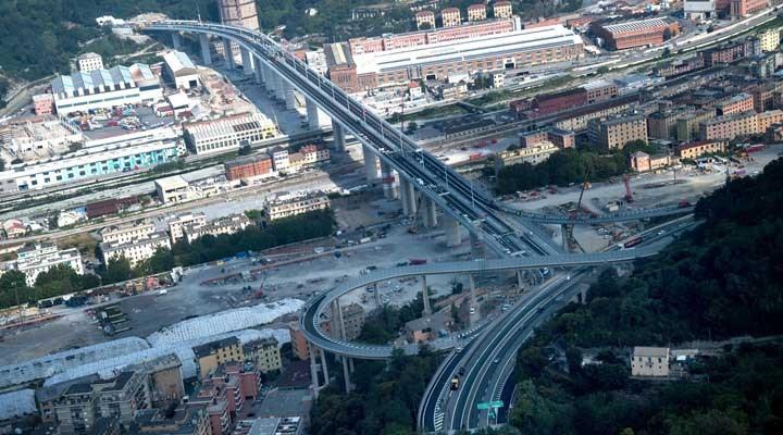 İtalya'da 43 kişinin ölümüne neden olan köprü, 2 yıl sonra yeniden açılıyor