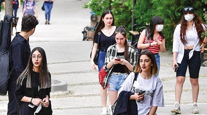 Ege'de gençliğin temel sorunu işsizlik ve gelecek kaygısı