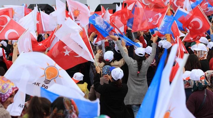 AKP, Diyarbakır'da 12 ilçe başkanın istifasını istedi