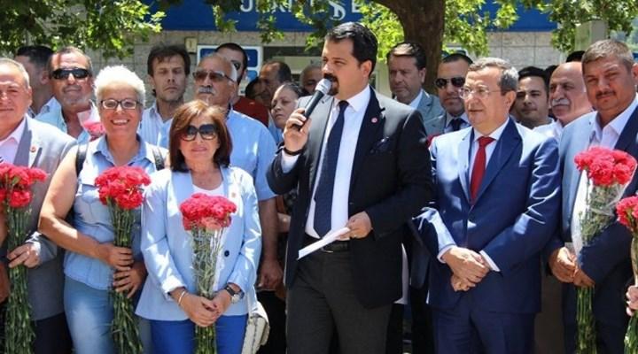 İzmir'de, CHP Konak'a 1500 yeni üye katıldı