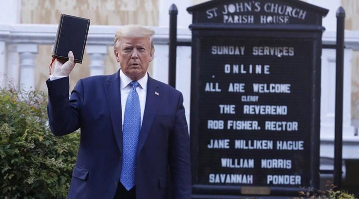 Trump'tan Joe Biden'a: Tanrı'ya karşı, İncil'e zarar veriyor