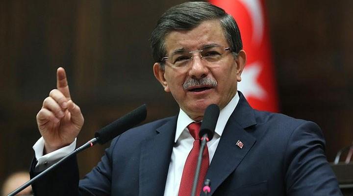 Davutoğlu'ndan ekonomik kriz iddiası: Ankara'da icat edildi