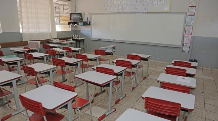 """""""Okullar yeterli koşullar sağlanmadan açılırsa salgın yayılır """""""