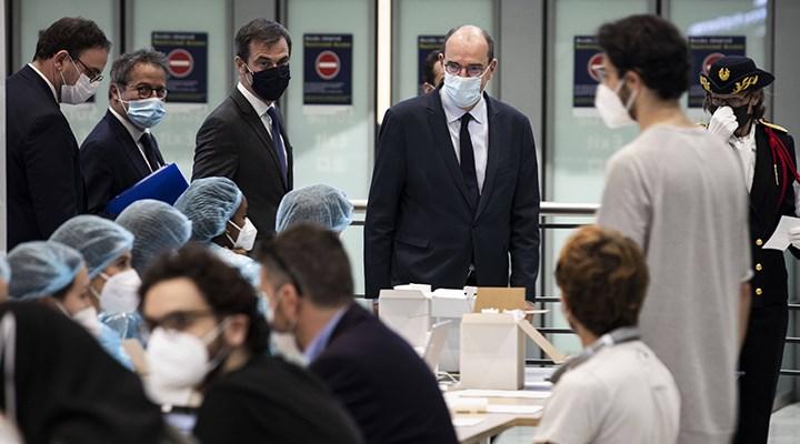 Fransa Başbakanı: Yanlış yola girdik, vakalar arttı