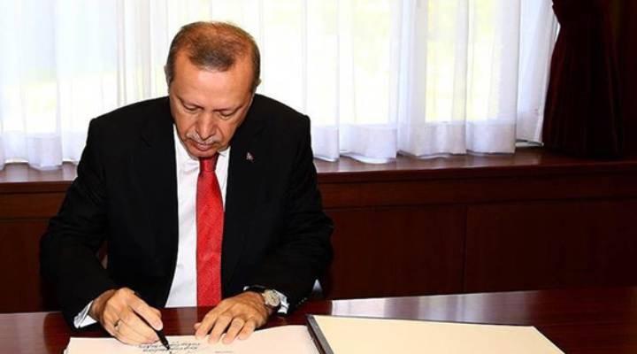AKP'li Cumhurbaşkanı Erdoğan 16 üniversiteye rektör ataması yaptı