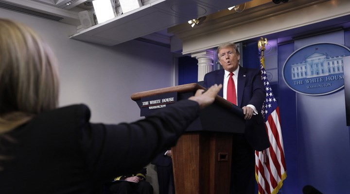 Gazeteciden Trump'a: Söylediğiniz tüm yalanlardan pişman mısınız?
