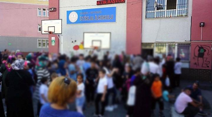 Depremde hasar gören okulu yetkililer unuttu: 1 yıldır tek çivi bile çakılmadı