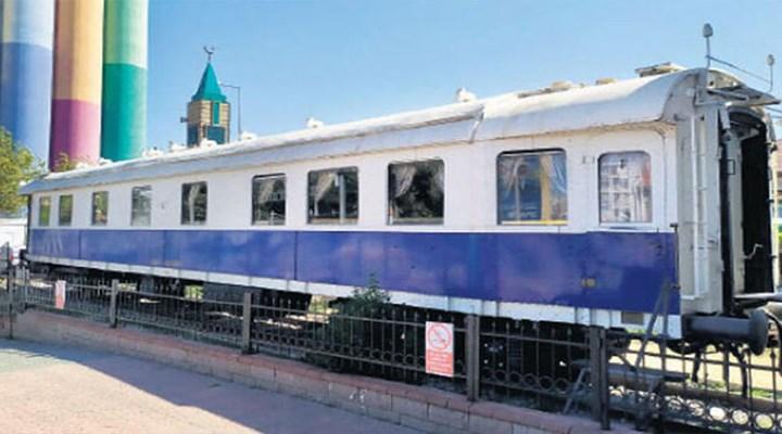 Atatürk'ün beyaz vagonu, gece yarısı yerinden kaldırıldı
