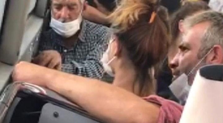 """Otobüste yanındaki kadına tokat atan erkek polise, """"Şakalaşmak için yaptım"""" demiş!"""