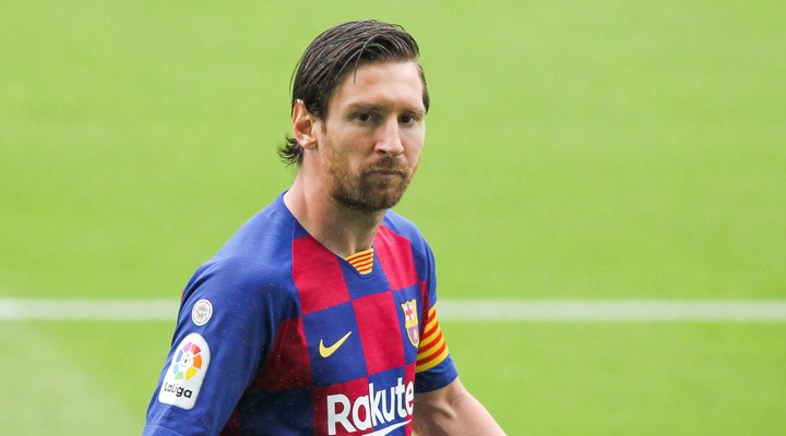 Lionel Messi: Barcelona'da kalıyorum
