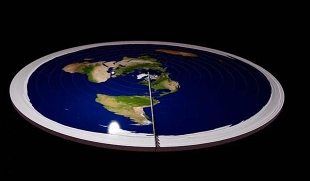 Dünyanın sonuna ulaşmak gayesiyle yola çıkan düz dünyacılar kayboldu