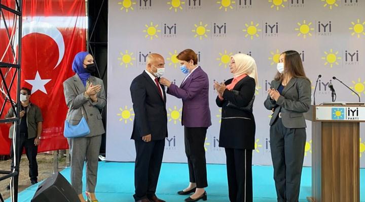 MHP'den ihraç edilen Erhan Usta, İYİ Parti'ye katıldı