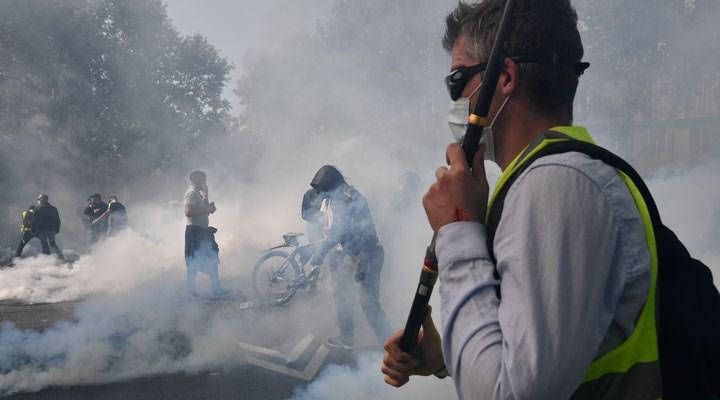 Fransa'da Sarı Yelekliler, aylar sonra yeniden sokaklarda: 256 gözaltı