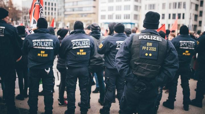 Alman Emniyet Teşkilatı'nda skandal: Polis içerisinde aşırı sağcı bir örgütlenme tespit edildi