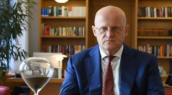 Hollanda Adalet Bakanı'na koronavirüs önlemlerine uymadığı için ceza verildi