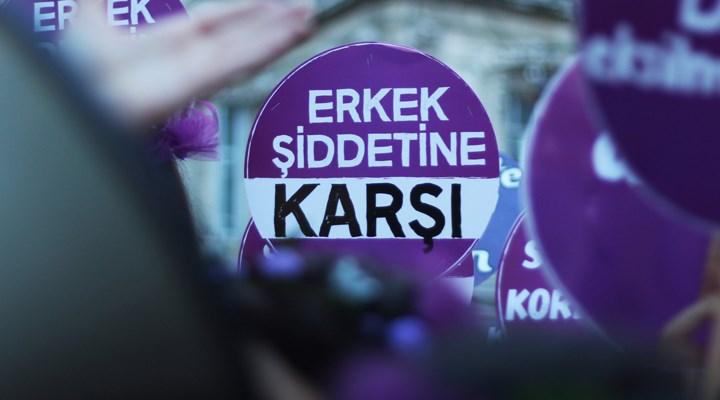 Bursa'da bir erkek, tarlada çalıştığı sırada evli olduğu kadını vurdu