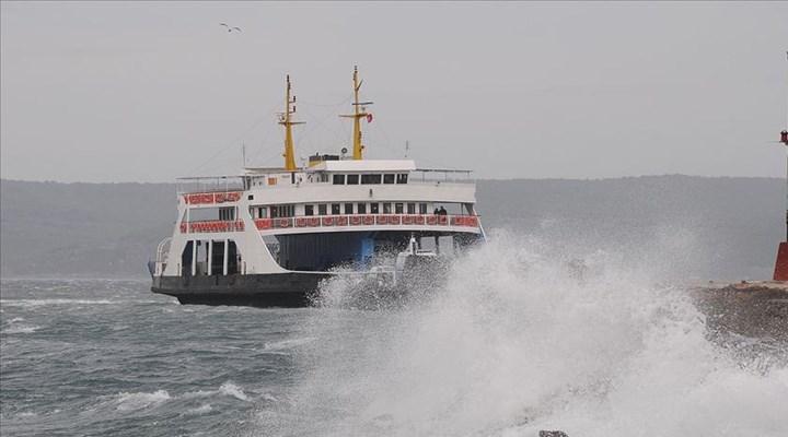 Gökçeada'ya yapılacak bazı feribot seferleri fırtına nedeniyle iptal edildi