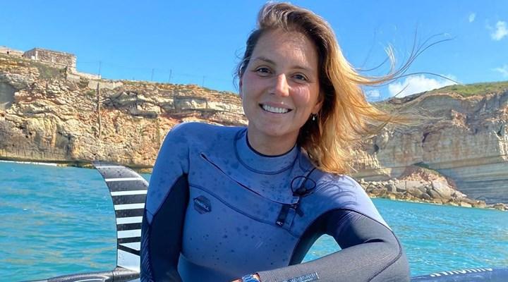 Brezilyalı sörfçü kadın ölümden döndüğü dalgalarda iki defa dünya rekoru kırdı