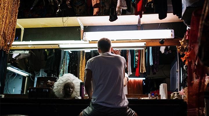 İşsiz kalan tiyatrocular hikâyelerini anlattı: Memleketine dönen de var taksicilik yapan da