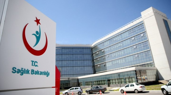 Reuters: Türkiye'deki hastaneler ilaç şirketlerinden indirim talep etti