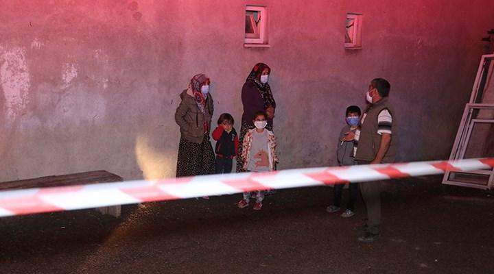 İnşaat kazısında karantinaya alınan binanın temeli boşaldı: 13 kişi yurda yerleştirildi