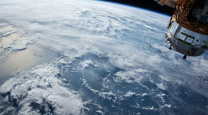 Dünya'ya yaklaşan gök cismi, gök cismi olmayabilir