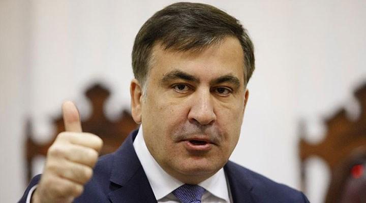 Eski Gürcistan Devlet Başkanı Saakaşvili'yi Atina'da yumrukladılar!