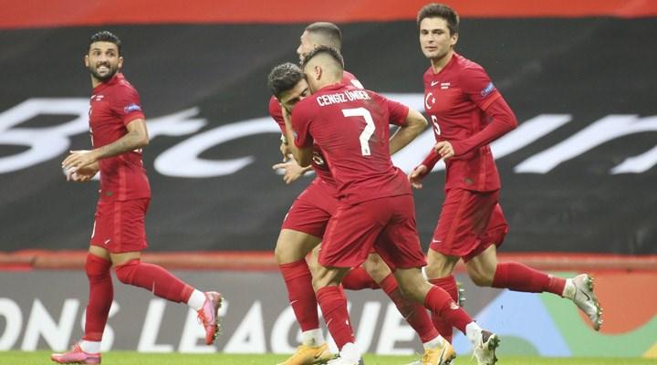 Türkiye 2-0'dan geri döndü, Sırbistan ile berabere kaldı